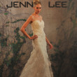 NEW YORK- OCTOBER 14: Models walks runway for Jenny Lee Bridal collection for Fall 2013 during NY Bridal Fashion Week on Octobber 14, 2012 in New York City, NY - Stock fotografie