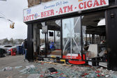 Destroyed grocery store in the Sheapsheadbay neighborhood due to flooding from Hurricane Sandy — Stock Photo