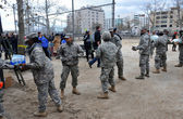 BROOKLYN, NY - NOVEMBER 01: US army helps peoples at the Seagate neighborhood wit Water and food due to impact from Hurricane Sandy in Brooklyn, New York, U.S., on Thursday, November 01, 2012. — Foto de Stock