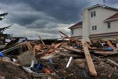 Brooklyn, ny - novembre 01: de graves dommages dans les bâtiments du quartier de seagate en raison de l'impact de l'ouragan de sable à brooklyn, new york, états-unis, sur le jeudi 1 novembre 2012. — Photo
