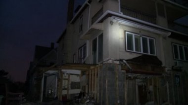 QUEENS, NY - NOVEMBER 11: Damaged houses without power at night in the Rockaway beach - Bel Harbor area due to impact from Hurricane Sandy in Queens, New York, U.S., on November 11, 2012. — Stock Video