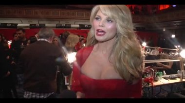 NEW YORK - FEBRUARY 08: Christie Brinkley interview and runway walk for the Heart Truth Red Dress Collection 2012 fashion show at Hammerstein Ballroom at Manhattan Center on February 08, 2012 in NYC. — Stock Video