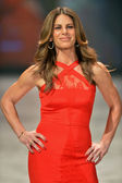 NEW YORK, NY - FEBRUARY 06: Jillian Michaels wearing Cushnie et Ochs walks the runway at The Heart Truth's Red Dress Collection during Fall 2013 Mercedes-Benz Fashion Week on February 6, 2013, NYC. — Stock Photo