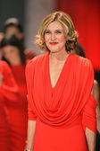 NEW YORK, NY - FEBRUARY 06: Brenda Strong wearing Marc Bouwer walks the runway at The Heart Truth's Red Dress Collection during Fall 2013 Mercedes-Benz Fashion Week on February 6, 2013, NYC. — Foto Stock