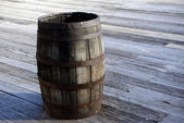 Old wooden barrel cask on the street — Stock Photo