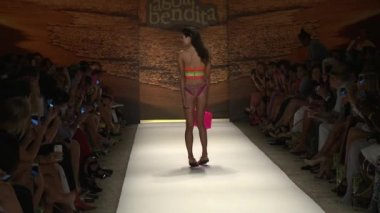 MIAMI - JULY 20: Model walks runway at the Agua Bendita Swim Collection for Spring Summer 2013 — Stock Video
