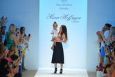 Designer Mara Hoffman walks the runway at the Mara Hoffman Swim show — Stock Photo