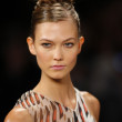 Karlie Kloss at the Carolina Herrera show — Stock Photo