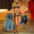 Doutzen Kroes Victoria's Secret — Stock Photo