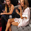 Alessandra Ambrosio backstage — Stock Photo