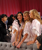 Ming Xi , Sigrid Agren and Toni Garrn — Foto de Stock