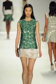 Model at J. Mendel fashion show — Stock Photo