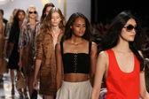 Models during Diane Von Furstenberg fashion show — Stock Photo