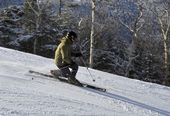 Telemarker skiing on ski slopes — Stock Photo