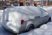 Car under deep fresh snow in NYC — Stock Photo