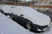 Car under deep fresh snow in NYC — Stock Photo