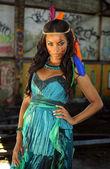 Eşarplı güzel Hindistan Çeroki kadın — Stok fotoğraf