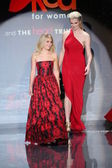 Celebrities at Go Red For Women — Stock Photo