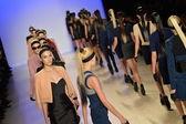 Models runway finale at Meskita fashion show — Stock Photo