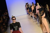 Models runway finale at Meskita fashion show — Stock Photo