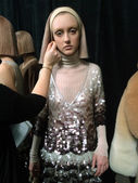 Models at backstage at Marc Jacobs fashion show — Stock Photo