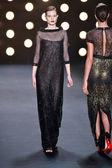Model walks runway at Naeem Khan — Stock Photo