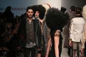 Models walks runway at Nina Athanasiou show — Stock Photo