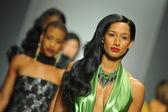 Models at Andre Soriano fashion show — Stockfoto