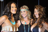 Models pose backstage at Miss Kinsman Swim show — Stock Photo