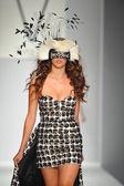 Model at Vvigoure fashion show — Stock Photo