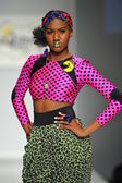 Model walks runway at Messqueen show — Stockfoto