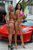 Models Morgan Maria and Marissa Everhardt — Stock Photo