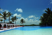 Empty pool at tropical destination — Stock Photo