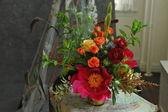 Bridal floral arrangements. — Stock Photo