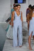 Models walks runway at Meskita collection — Foto Stock