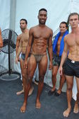 Models pose backstage at the A.Z Araujo show — Stock Photo