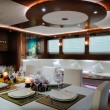 Lounge and dinner room of luxury yacht — Стоковая фотография