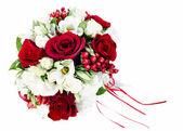 Ramo de flores de colores para novia aislada en la parte posterior del blanco — Foto de Stock