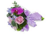 Bouquet da sposa fiori colorati per la sposa da rose, iris e — Foto Stock