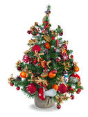 Yılbaşı çam ağacı oyuncaklar ve yılbaşı süsleri ile dekore edilmiştir — Stok fotoğraf