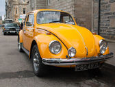 Yellow VW Beetle — 图库照片