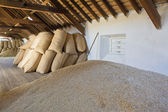 Old fashioned malt barn — Stock Photo