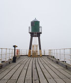 Whitby West Pier lighthouse — Stock fotografie