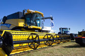 New Holland Combine harvester — Stock Photo
