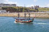 Whitby tourist boat tour — Stock Photo