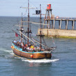 Whitby boat tour — Stock Photo