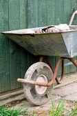 Old steel wheelbarrow — ストック写真