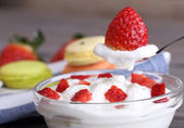 Strawberry dessert with yogurt — Stock Photo