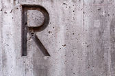Letter R on Concrete Horizontal — Stock Photo