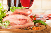 Raw meat, wine and spices — Stock Photo